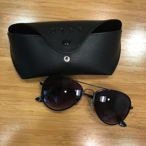 NWOT! Diff Cruz Aviator sunglasses